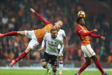 En Güzel Fotoğraflarla Galatasaray - Beşiktaş Derbisi