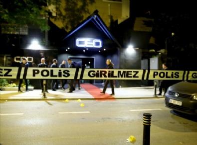 Gece Kulübünde Silahlı Çatışma