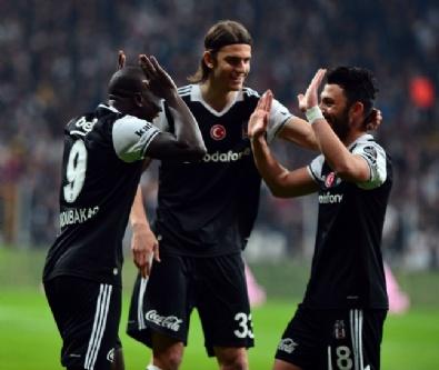 Beşiktaş - Adanaspor Maçından Kareler