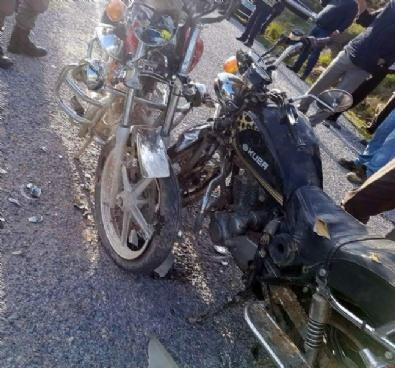 Aynı İş Yerinde Çalışan Kardeşler Motosikletle Kafa Kafaya Çarpıştı: 1 Ölü 1 Yaralı
