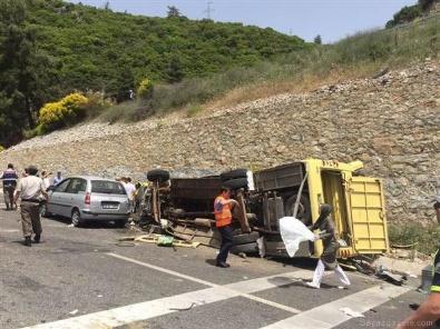Muğla Marmaris'te yolcu otobüsü devrildi! ölü ve yaralılar var