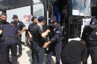 Beşiktaş Otobüsünden Çıkanlar Şoke Etti!