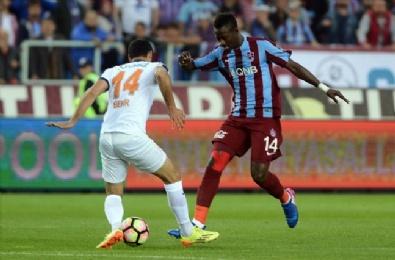 TRABZONSPOR - Trabzonspor – Medipol Başakşehir Karşılaşmasından En Güzel Fotoğraflar