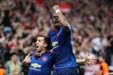 Manchester United - Ajax Maçından Kareler