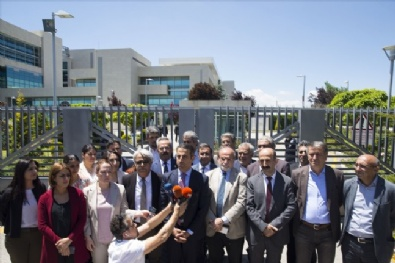 HDP, AYM önünde oturma eylemi başlattı
