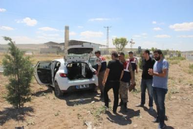 Otomobilin Bagajından Silahla Vurulmuş 3 Yaralı Çıktı