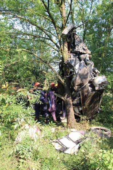 TEM Otoyolu'nda Feci Kaza: 3 Ölü, 1 Yaralı