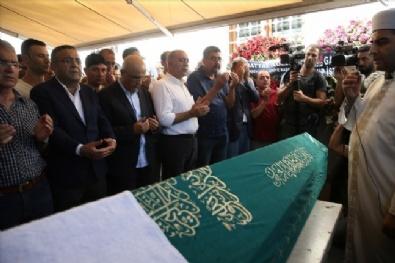 Berberoğlu Kayınpederinin Cenaze Törenine Katıldı