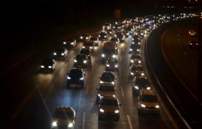 Bayram Dönüşünde Trafik Çilesi