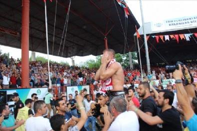 2017 Tarihi Kırkpınar Yağlı Güreşleri Başpehlivanı Antalyalı İsmail Balaban Oldu