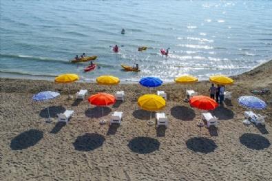 Van Gölü Kıyısında Halk Plajı Açıldı