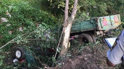 İŞÇİ SERVİSİ - İşçileri taşıyan traktör devrildi: 7 ölü, 10 yaralı