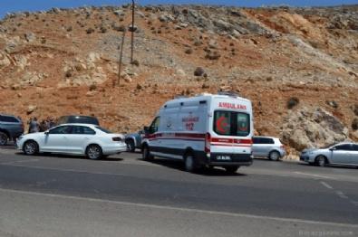 TERÖR ÖRGÜTÜ - Çatışma çıktı! 1 terörist ölü, 3 terörist sağ yakalandı