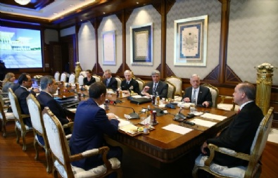Cumhurbaşkanı Recep Tayyip Erdoğan, ABD Savunma Bakanı James Mattisi Kabul Etti