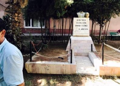 Atatürk Büstüne Saldıran Saldırgan, Gazetecilere Böyle Bağırdı