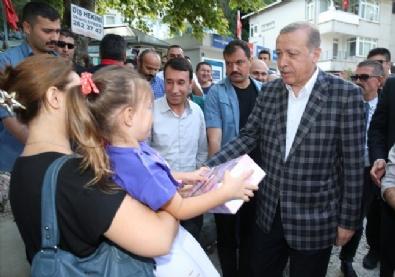 Cumhurbaşkanı Erdoğan Tarabya'da vatandaşlarla bayramlaştı