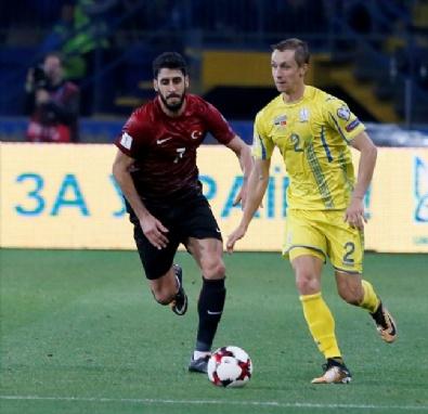 Lucescu, maç esnasında böyle görüntülendi!
