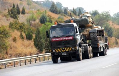 Hatay'da Sınıra Askeri Sevkiyat