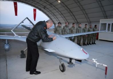 İnsansız Uçak Sistemleri Üs Komutanlığını Ziyaret Etti