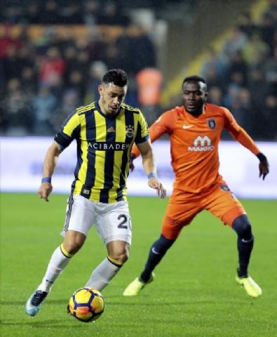 Fotoğraflarla Başakşehir - Fenerbahçe Karşılaşması