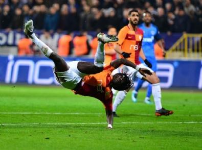Kasımpaşa - Galatasaray Maçındana Kareler
