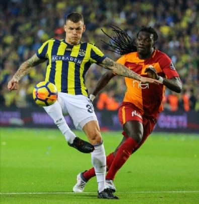 Fotoğraflarla Fenerbahçe - Galatasaray Derbisi