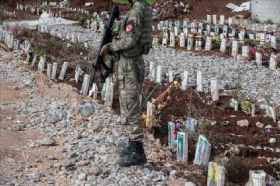 Afrin'de terörist mezarları bulundu