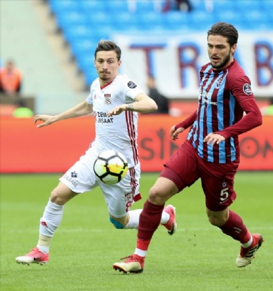 Trabzonspor, Evinde Demir Grup Sivassporu Konuk Etti