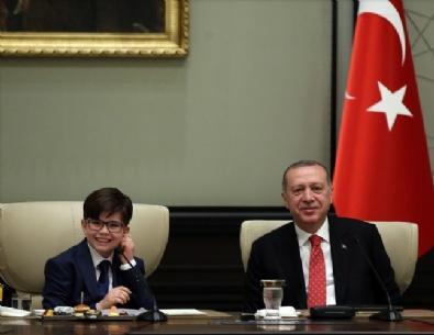 Cumhurbaşkanı Erdoğan çocuklarla bir araya geldi