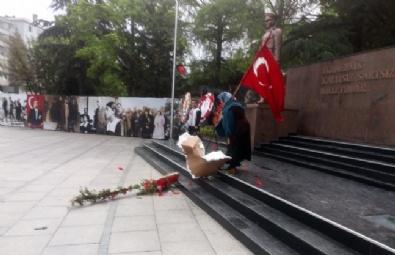 CHP Ve HDP'nin 19 Mayıs Çelengine Tepki