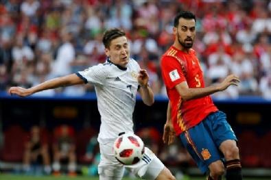 Rusya - İspanya Maçından Kareler