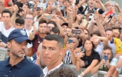 İtalyada Cristiano Ronaldo Çılgınlığı!