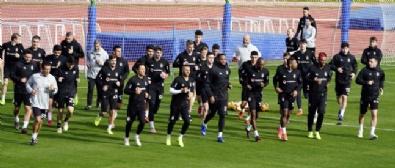 Burak Yılmaz Beşiktaşta İlk Antrenmanına Çıktı