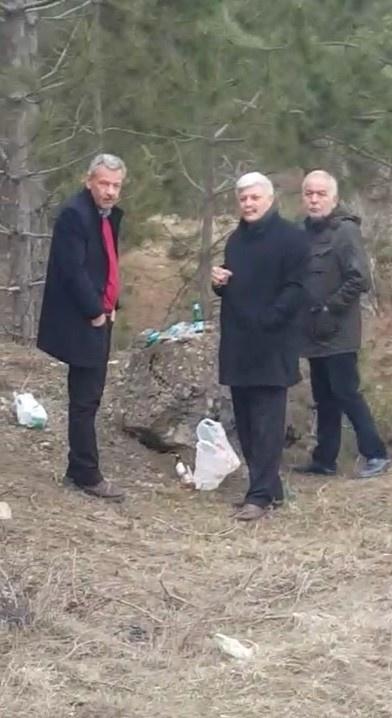 CHPli Belediye Başkanı Resmi Aracıyla İçki İçti