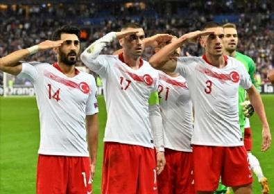 Fransa Türkiye Maçından Kareler