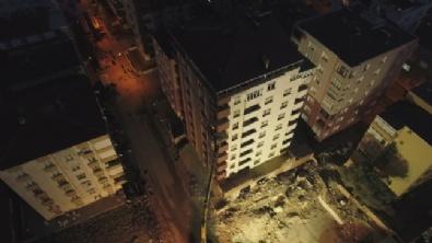 Riskli Binanın Yıkımına Başlandı