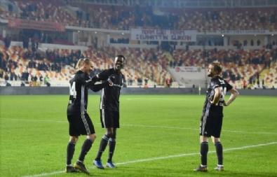 Evkur Yeni Malatyaspor - Beşiktaş Maçından Kareler