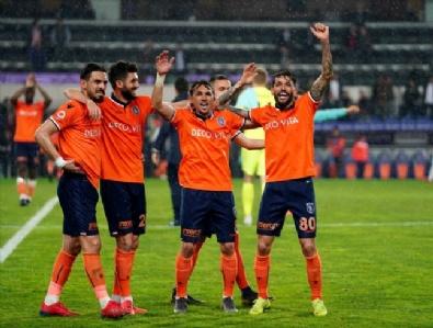 Medipol Başakşehir-Konyaspor Maçından Kareler