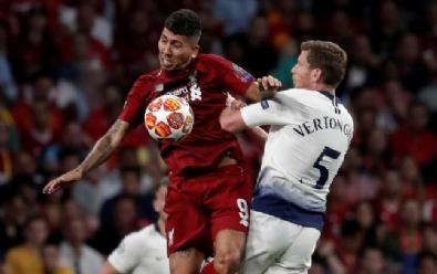 Liverpool'un Şampiyonluk Maçından Kareler