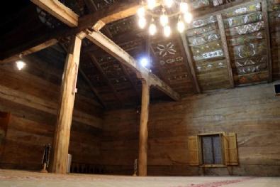 8 Asırdır Dimdik Ayakta Duran Çivisiz Camideki İnanılmaz Gizem