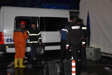 Kırıkkalede Trafik Kazası: Ölü Ve Yaralılar Var