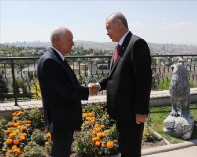 Erdoğandan Bahçeliye Ziyaret