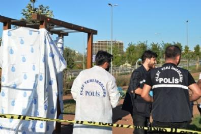 İstanbulda Korkunç Olay! Elleri Bağlı Halde Direğe Asılı Bulundu