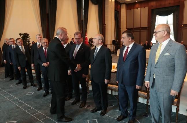 recep tayyip erdogan - Beştepe'de büyükşehir başkanları toplantısı