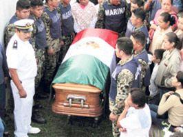 CORDOVA - Mafya babasını vuran askerin ailesini katlettiler