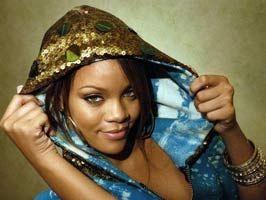 GWEN STEFANİ - Rihanna'nın ''örtünmesi'' istendi