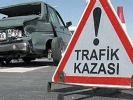 Kamyonla otomobil çarpıştı: 2 ölü
