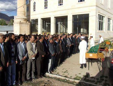 TEMEL YıLMAZ - Kaş Belde Belediye Başkanı İlhan'ın Acı Günü