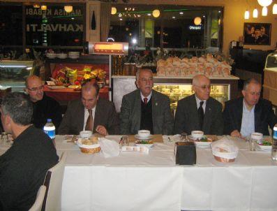 HAKKı UZUN - Malatyalılar, İzmir'de Yemek'te Bir Araya Geldi