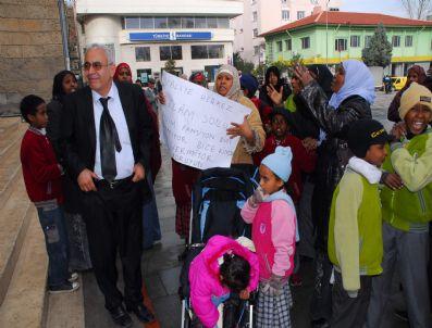 TAHIR DEMIR - Sığınmacıların Konaklama Sorunu Çözüldü